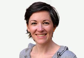 Noémie Deshayes – Office Manager
