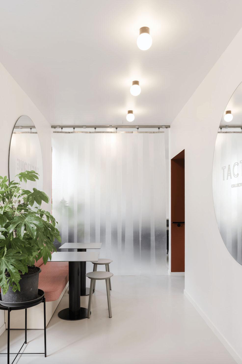 Workspace-tactique-banquettes